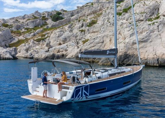 /barcos/dufour-530/